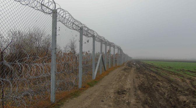 GÄNZLICH UNERWÜNSCHT. Entrechtung, Kriminalisierung und Inhaftierung von Flüchtlingen in Ungarn.